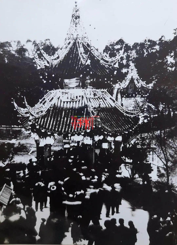 56年前老照片 重现昔日灯会盛况