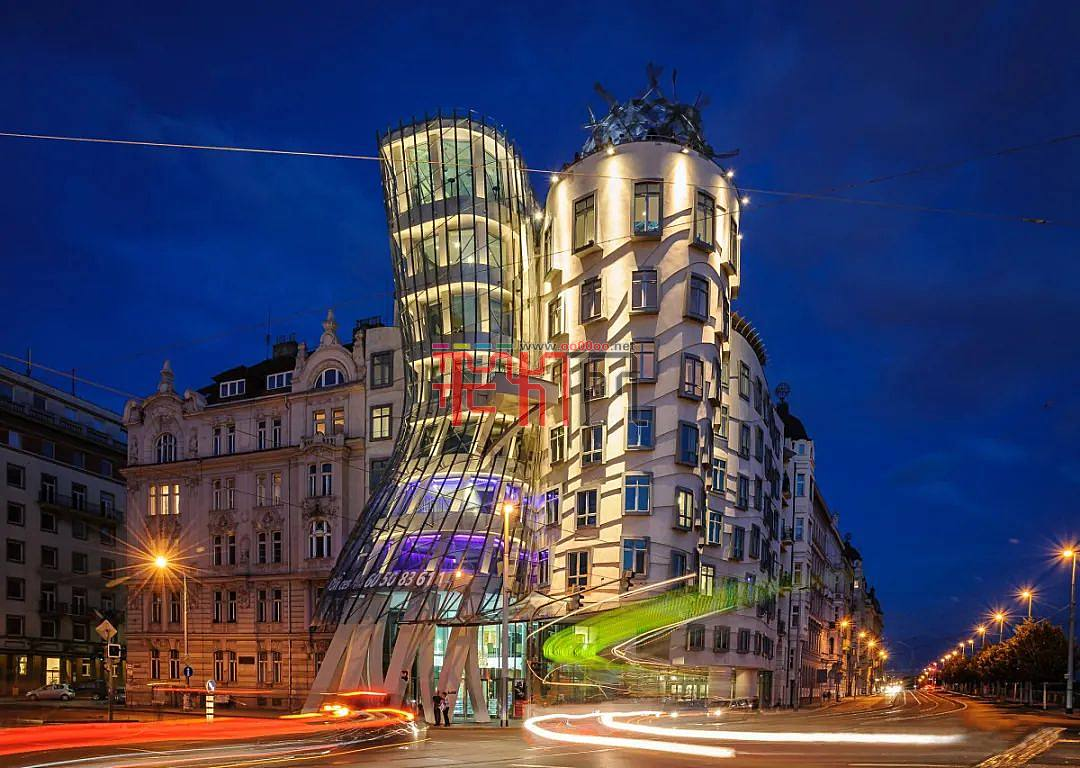 會跳舞的建筑燈光設計